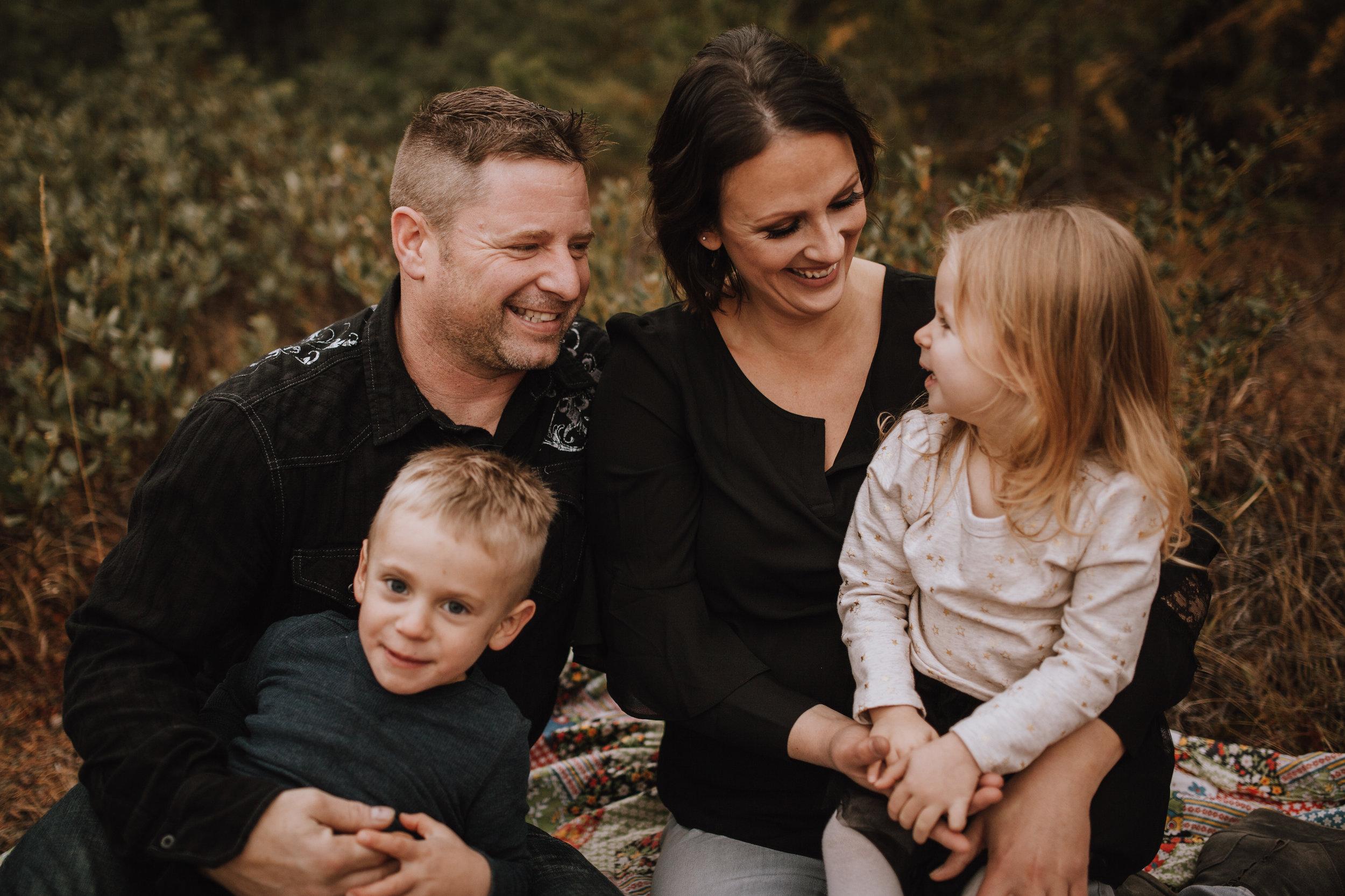 Ternier Family-41.jpg