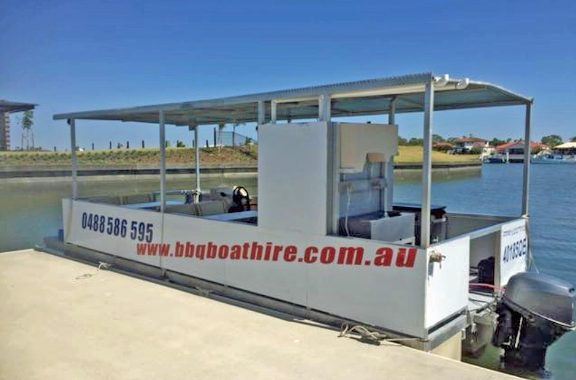 BBQ Boat Hire Bribie Island.jpg