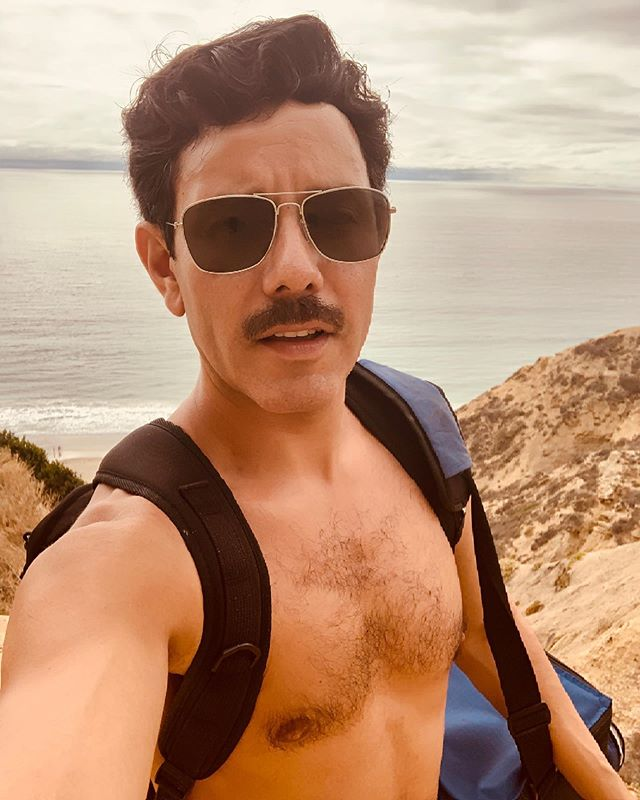 A perfect overcast warm breezy hang at the beach after a fun 2 day shoot with @jennymannphotos and @abovegroundlevelvideography in San Diego. Excited for whats to come 😎💫 #sandiego #singer #songwriter #musician  #beachday #overcast #warm #breezy #mustache #SD #mustacheguy #latino #socal #exercise #beach #beachwaves #blacksbeach #goodtimes #summer #afternoon #tan #summersolstice