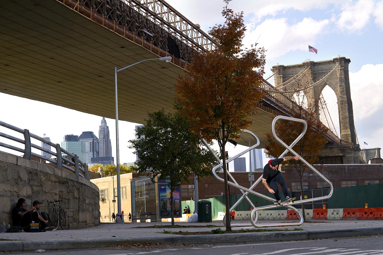 nate_coonrod_front_blunt_brooklyn_bridge_sculpture.jpg