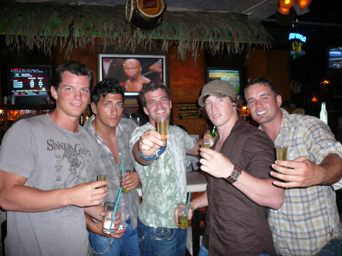 Boys at the Bar (Gauntlet III 2008)