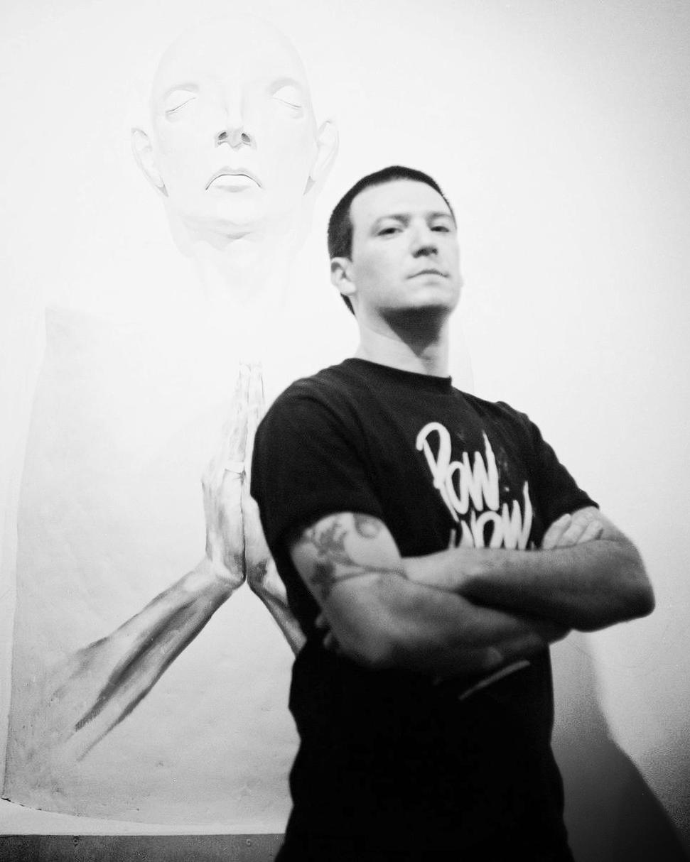 Derek Weisberg     Sculptor