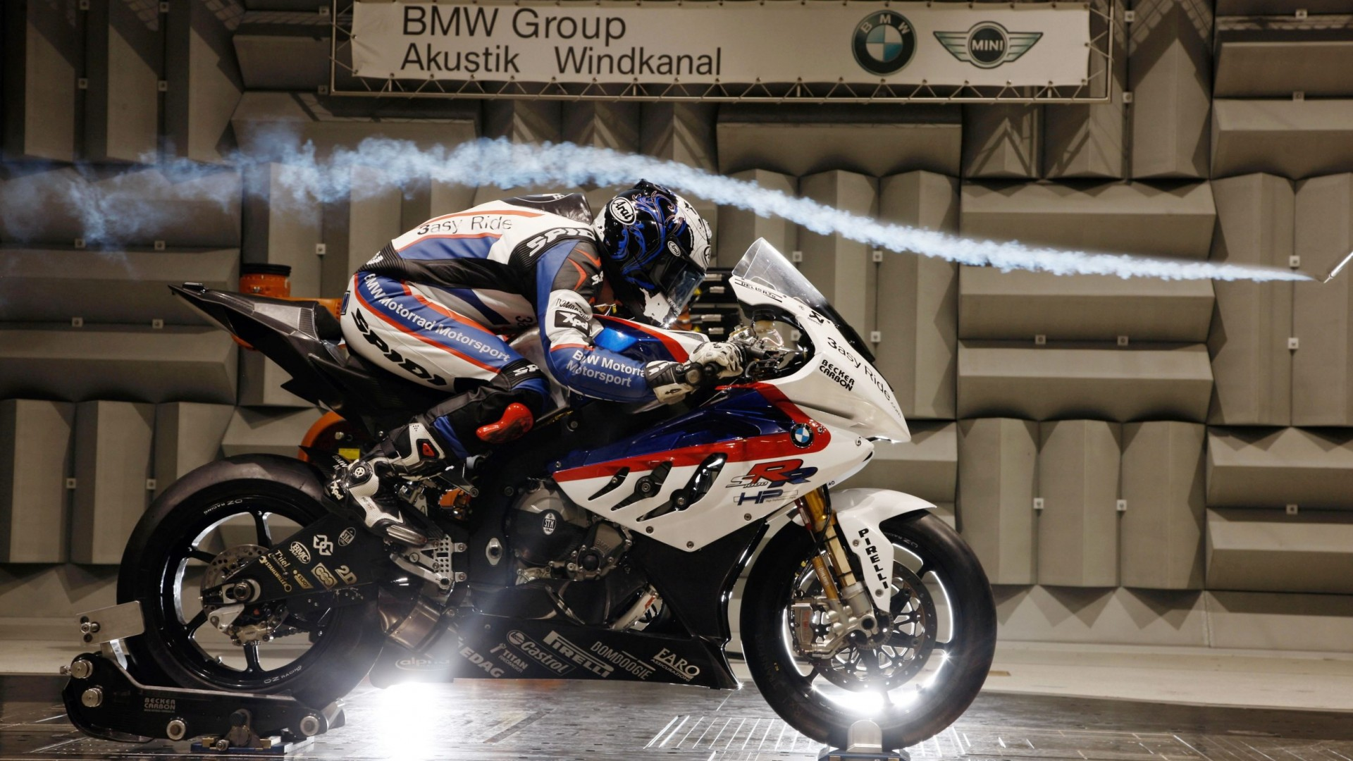 BMW-Test-Test-Sportbike-Sportbike-1080x1920.jpg
