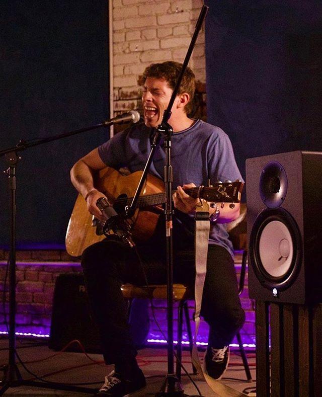 Little action shot from @mickyskeel's show! #losangeles #photography #investigate311 #music #livemusic #guitar #legalizeranch #studiotime #studioexperiences #airbnbairbnbmusic #airbnbconcerts #dtla 📸@cameron_ljungkull