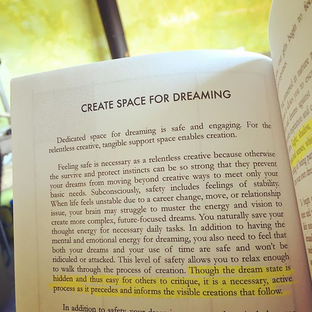 I had a brief text conversation with a friend about creating mental/emotional safety and the next day she left a voicemail saying she'd gotten my book out and been reading about creating safety for creativity in the home. And... it changed what she worked on this weekend! 😍 Love Love Love when this little book is put to good use! 💛 Get your copy on Amazon today and be ready for next weekend. 👊🏼 link in profile.