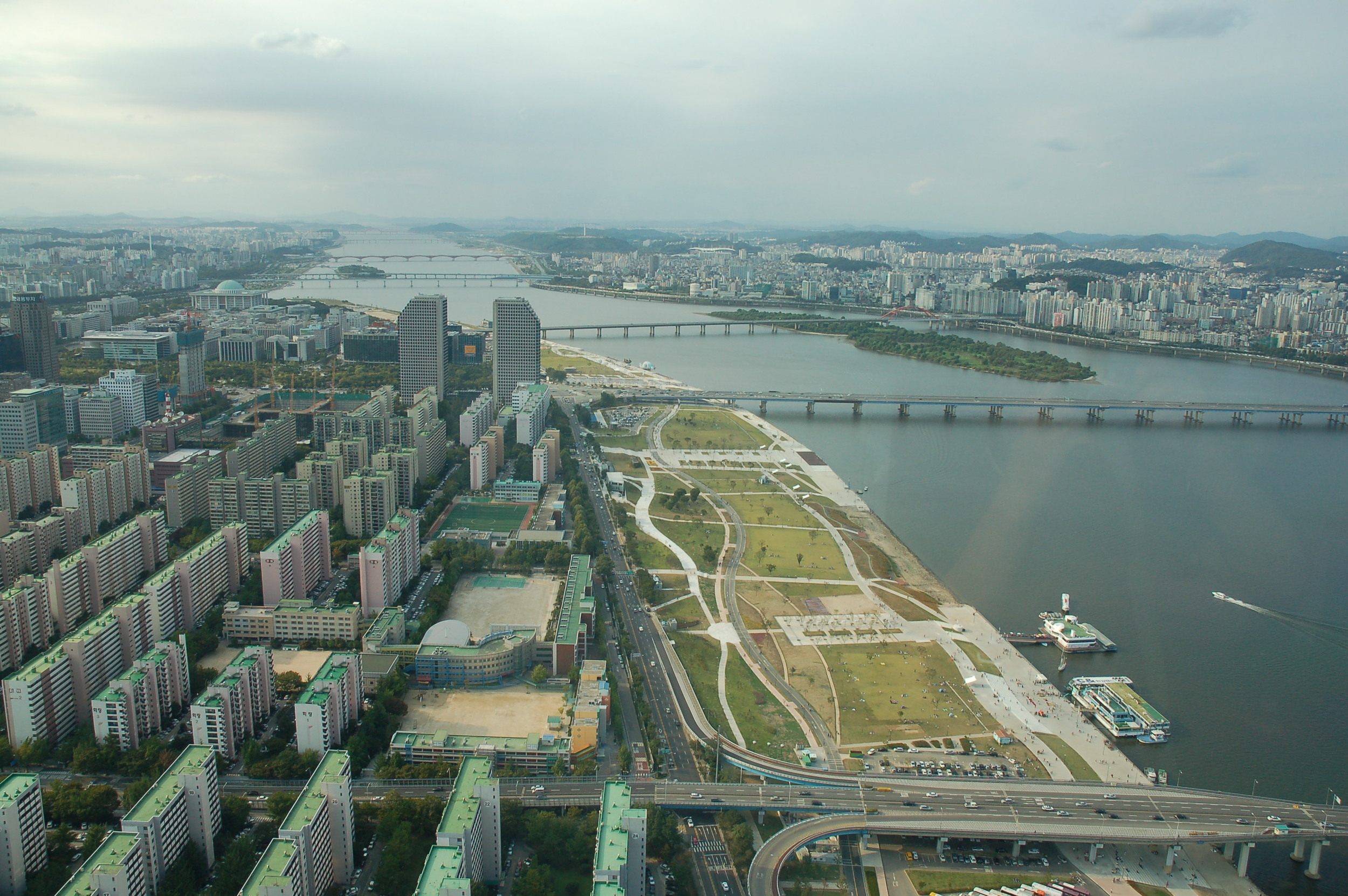 Han River Park from 60 stories