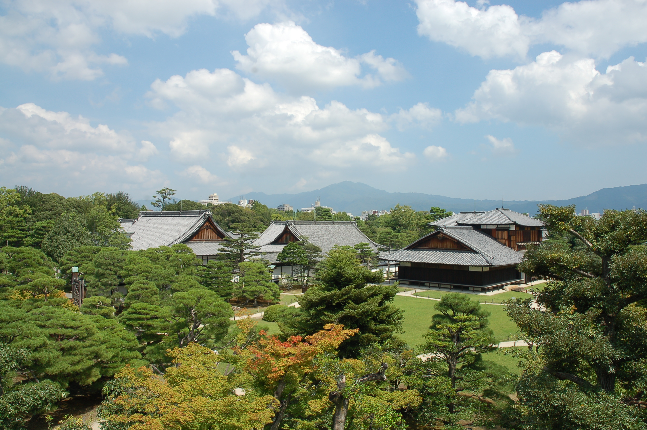 Overlooking the Nijo Castle complex