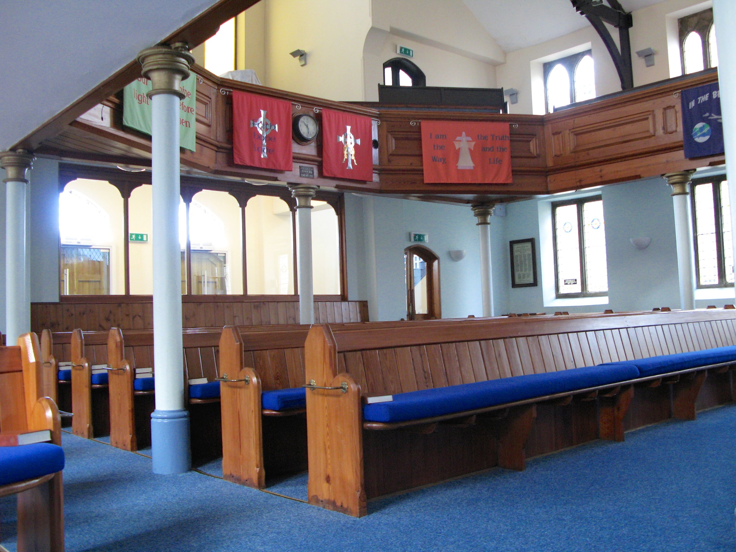 Church Pews & Gallery