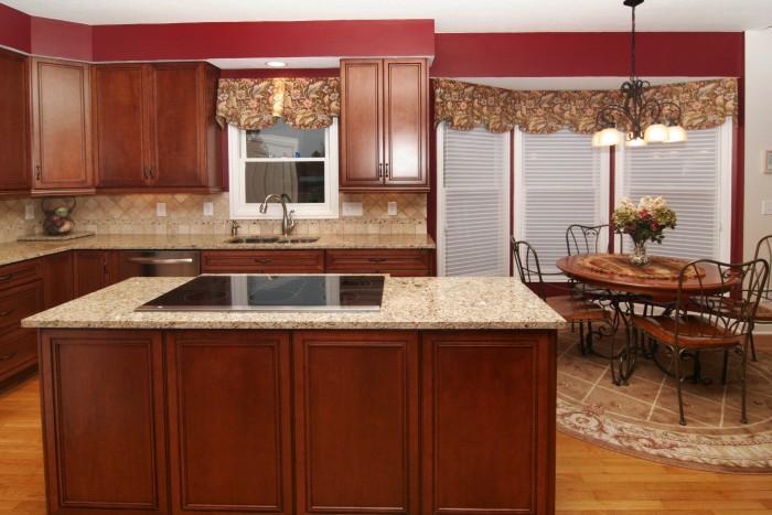 kitchen1005.jpg