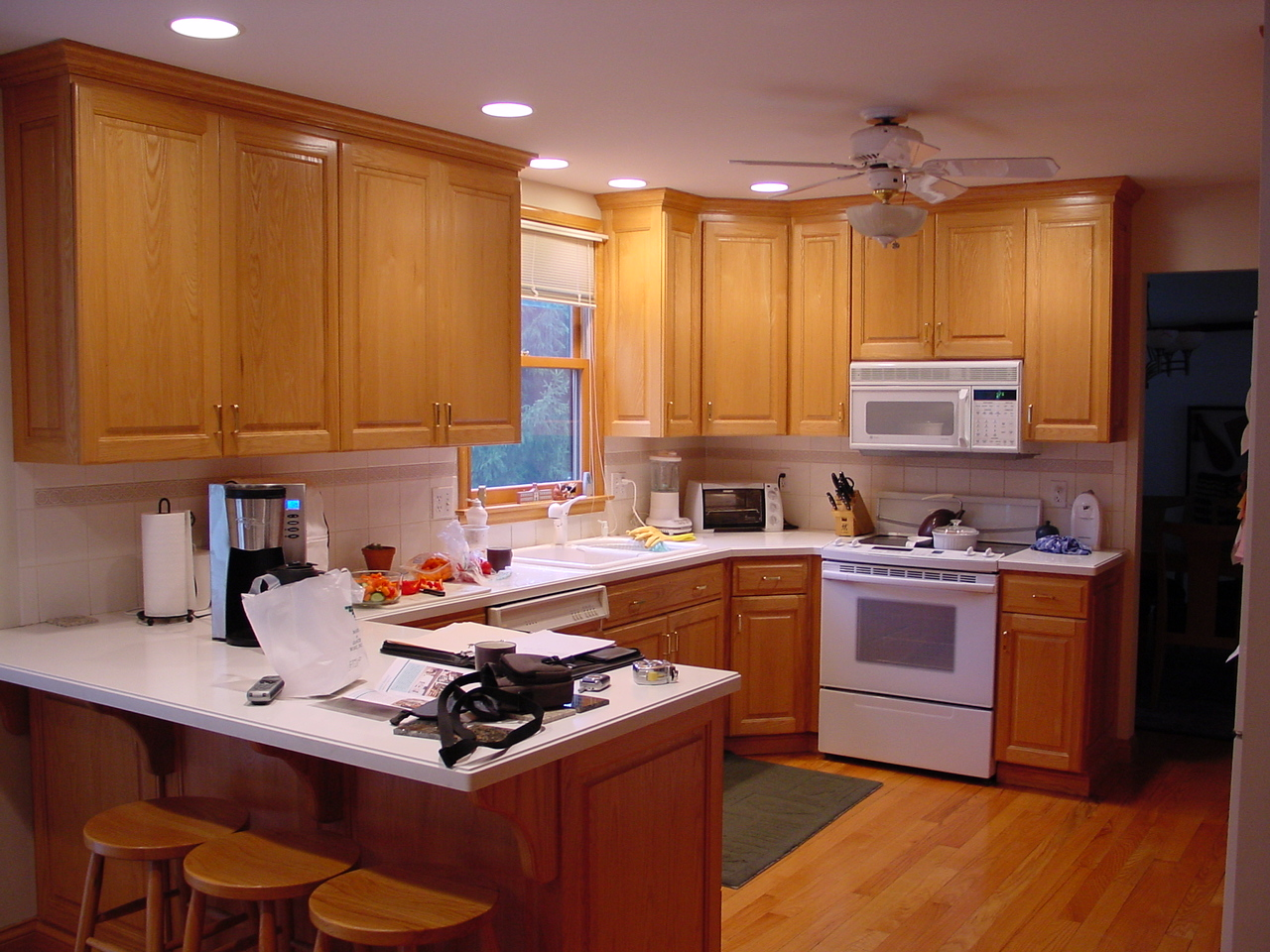 born kitchen-3.JPG