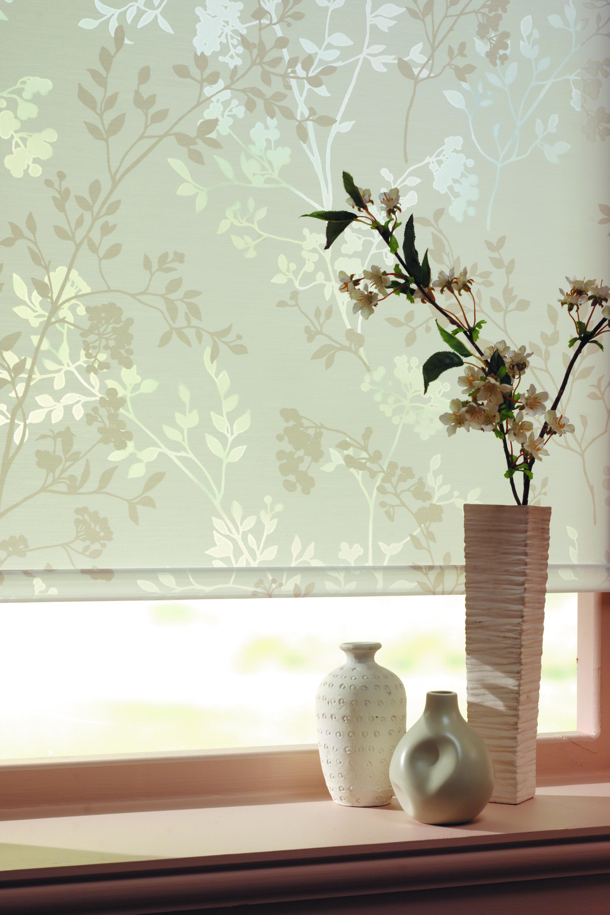 LL_Roller_Blossom_Spring_C1.jpg