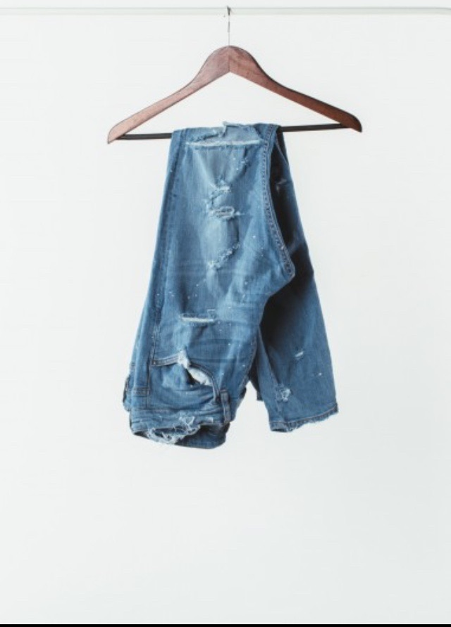 Stoned wash denim. According to Jacob Keller, Its true to size and if you are in between sizes go a size up