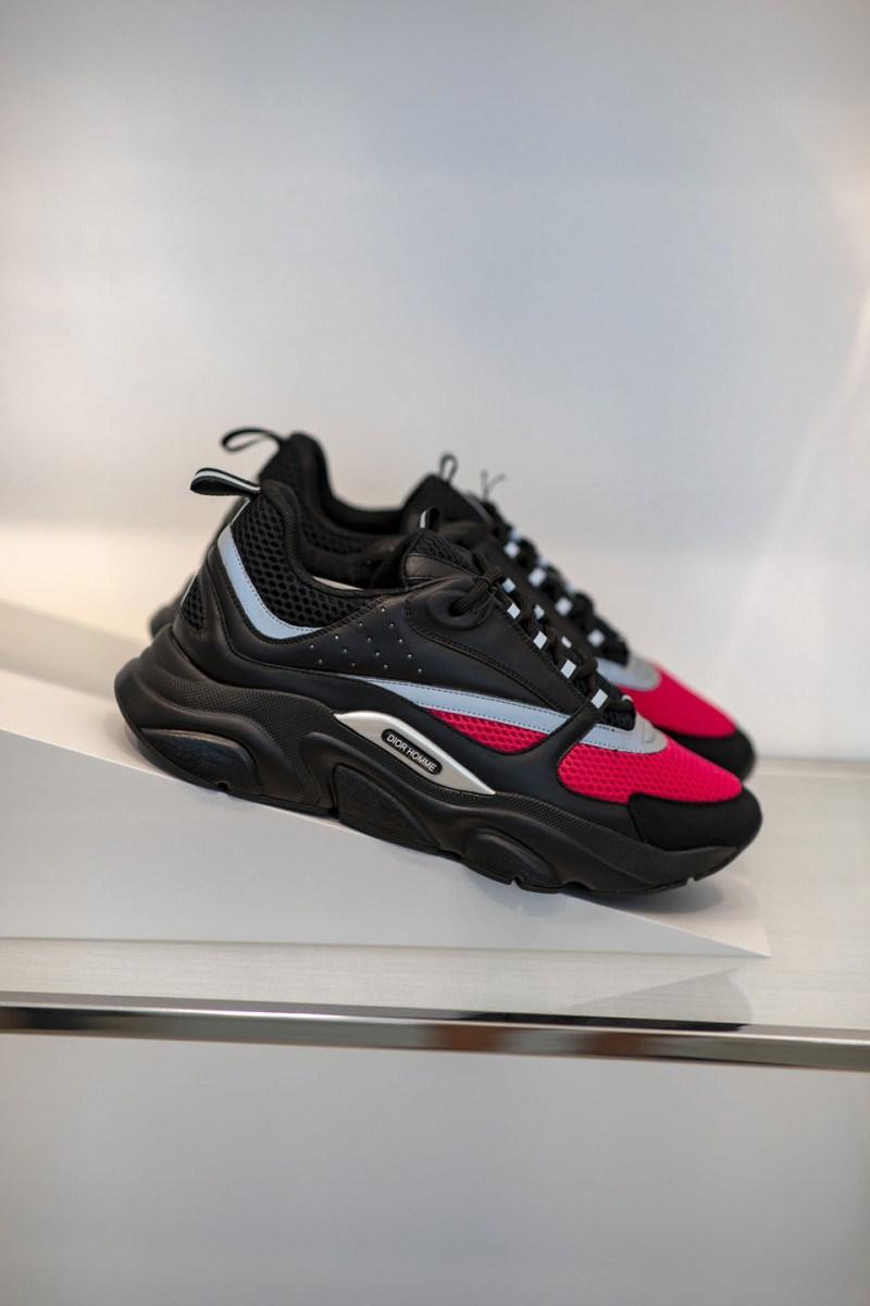 dior-ss19-sneakers8-800x1200.jpg