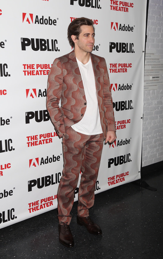 Jake-Gyllenhaal-Sea-Wall-A-Life-Opening-Night-Off-Broadway-Red-Carpet-Fashion-Dries-Van-Noten-Tom-Lorenzo-Site-6.jpg