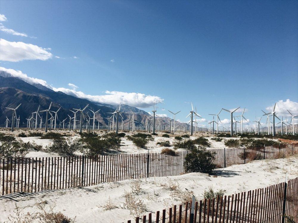 5df37-seesoomuch_palmsprings_wind_farm_windmills.jpg