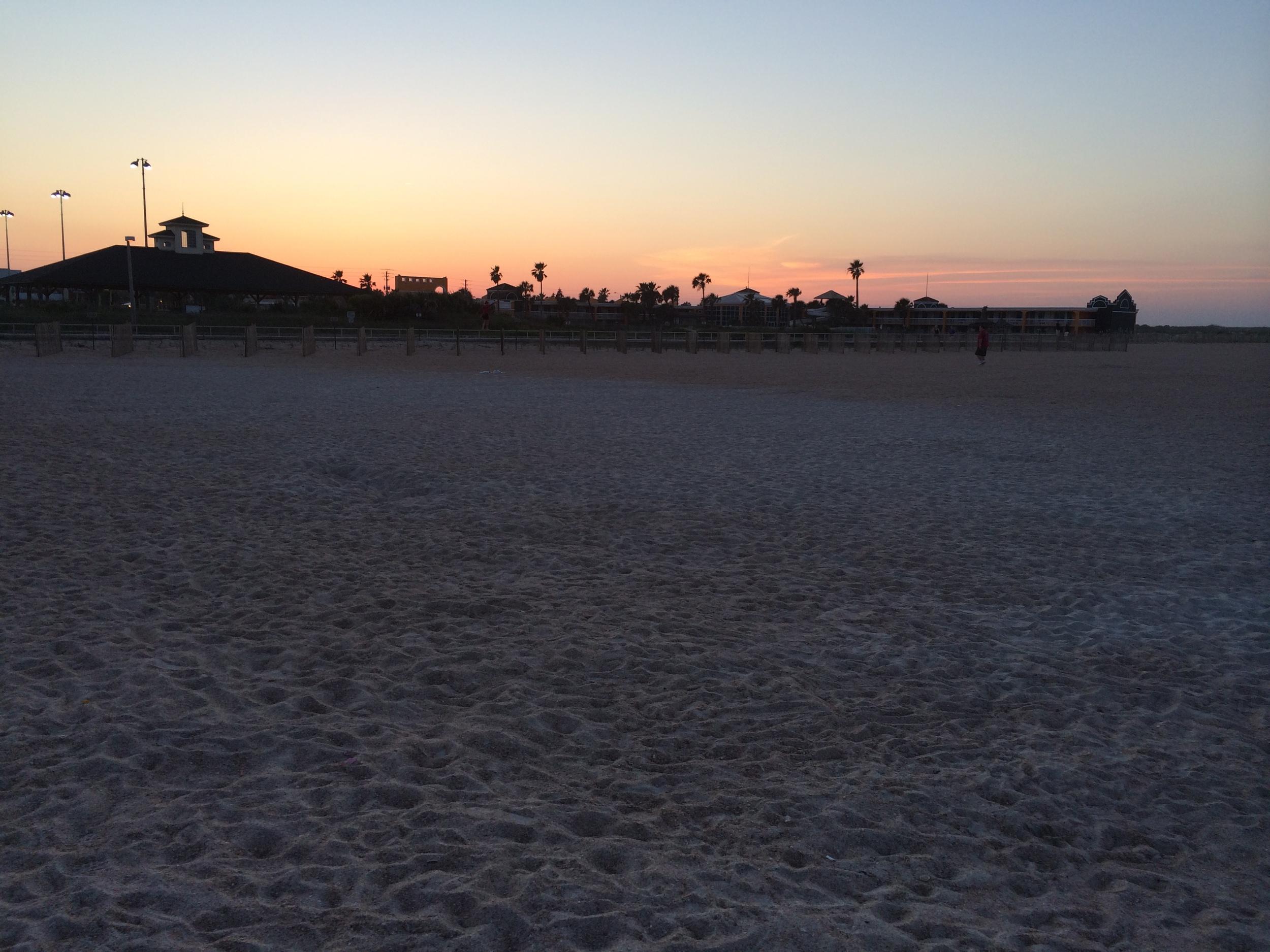 O pôr-do-sol em Saint Augustine Beach.