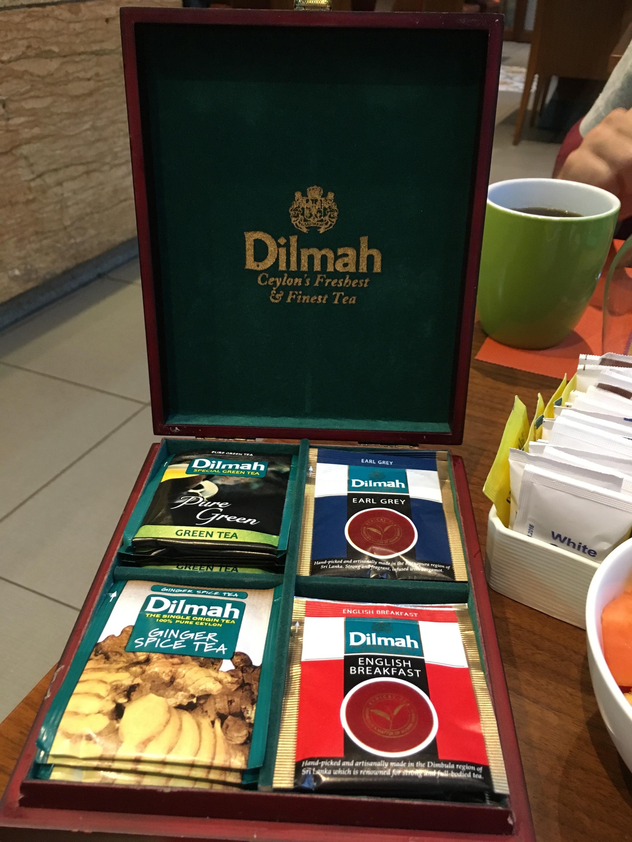 O chá é o grande destaque entre as bebidas aqui. O Sri Lanka é um dos maiores produtores de chá do mundo. Essa marca é uma das mais famosas.