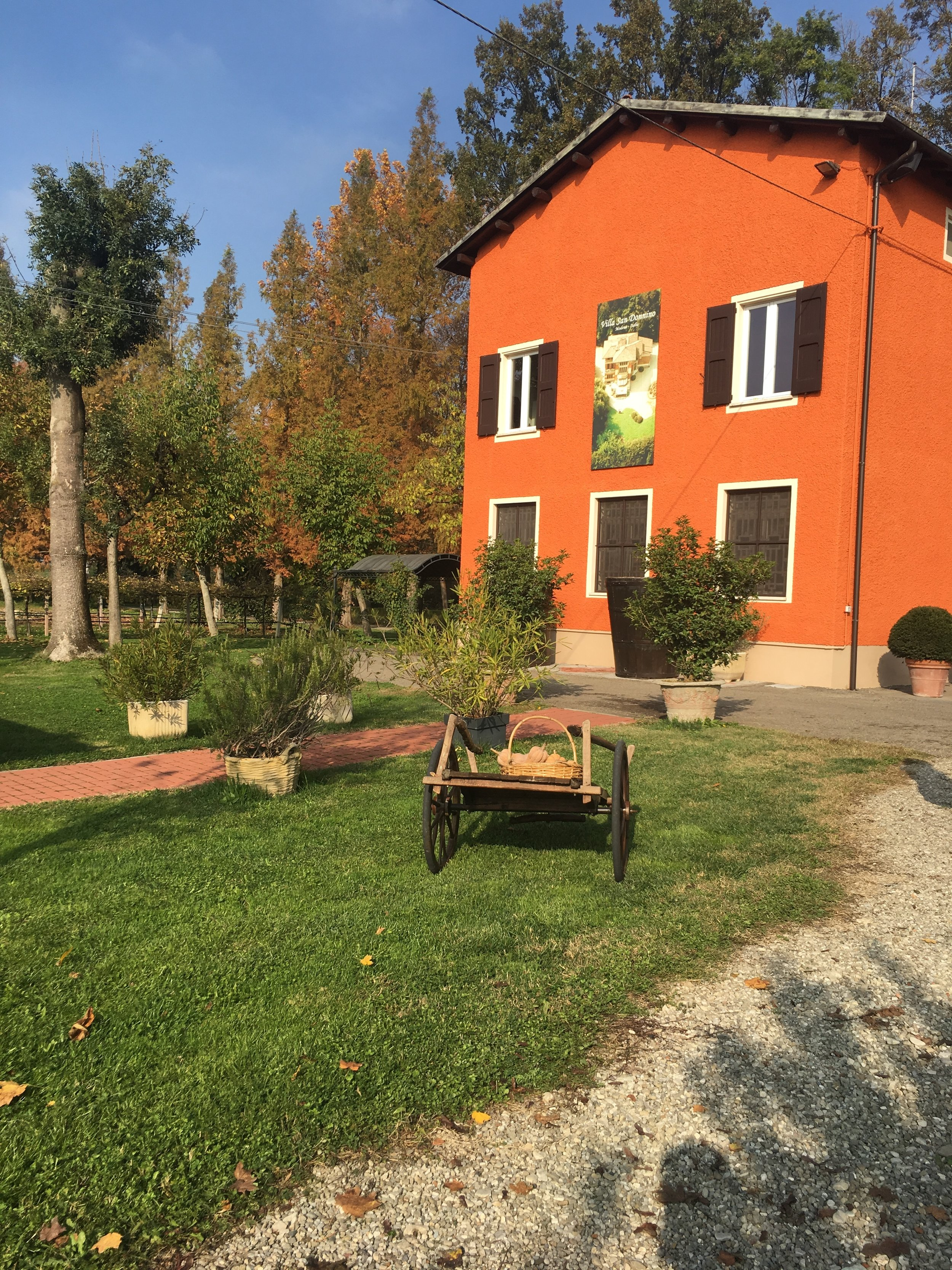 A fachada da Acetaia Villa San Donino. Tava um friozinho tão gostoso...