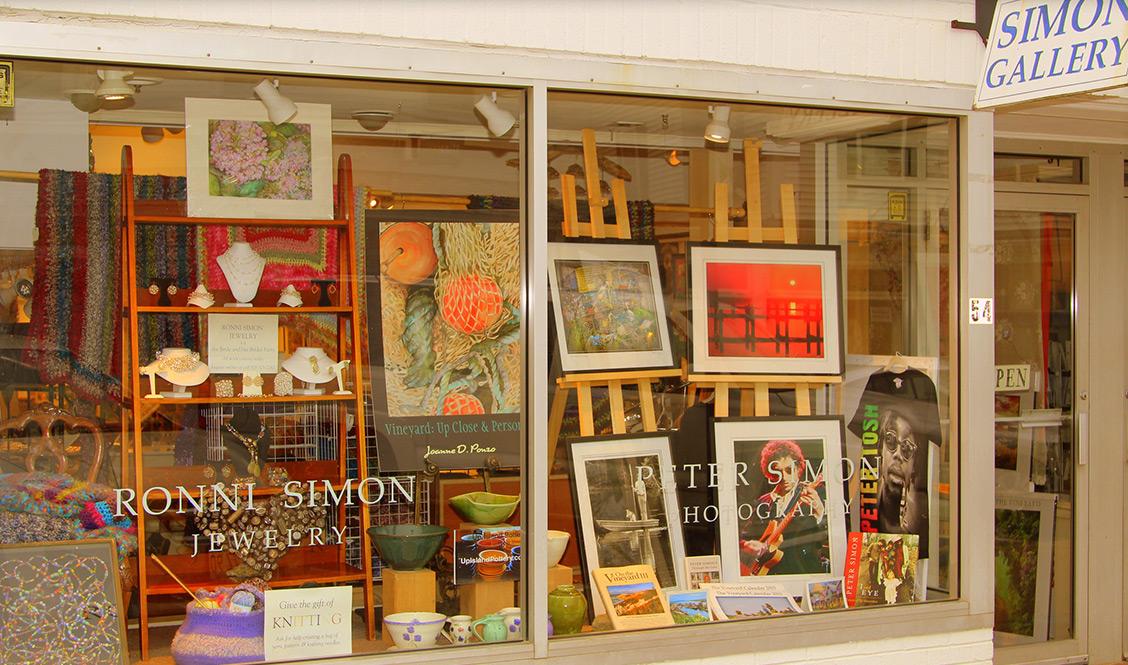 Simon-Gallery_01.jpg