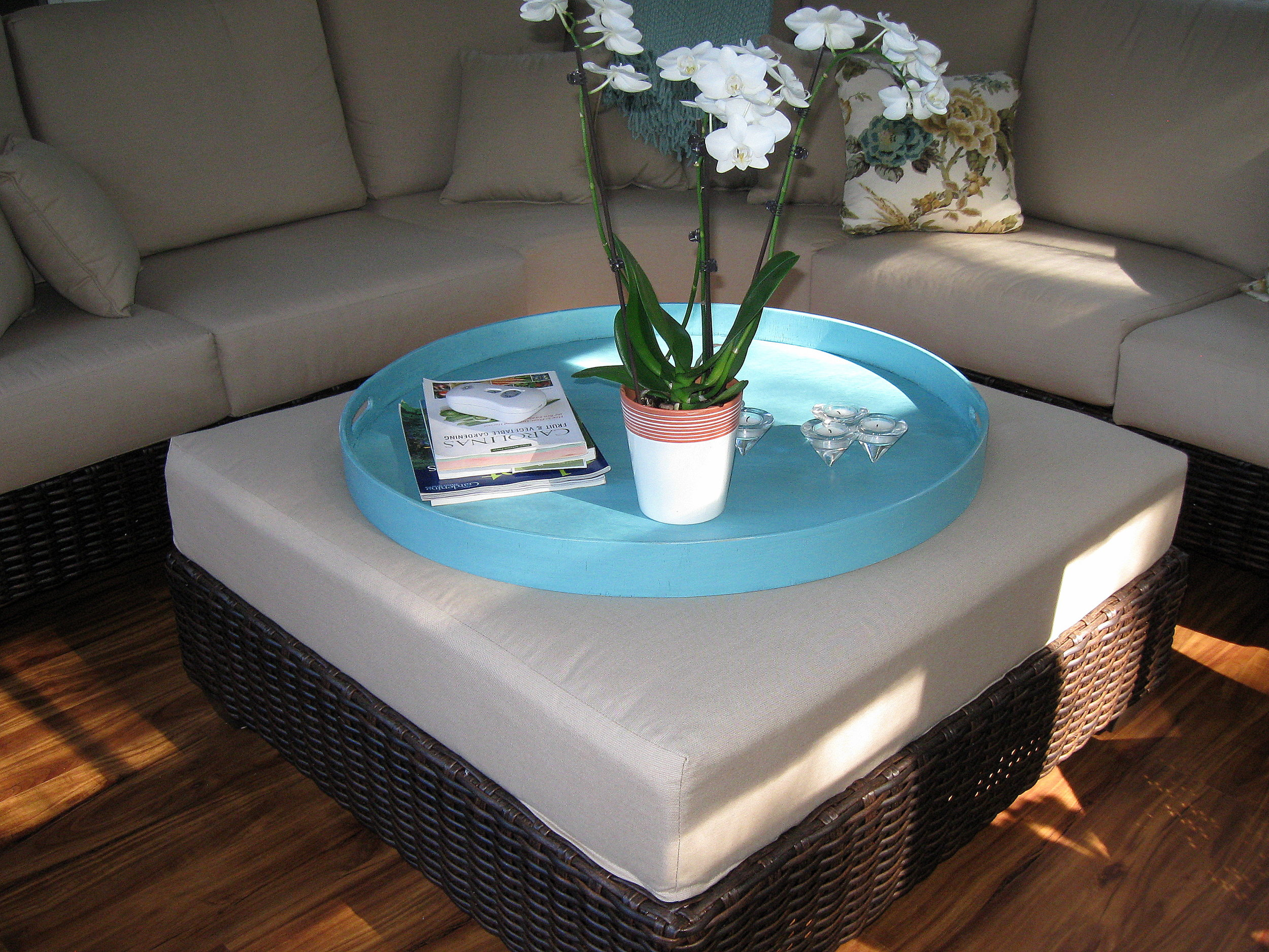 Distressed Turquoise Round Tray