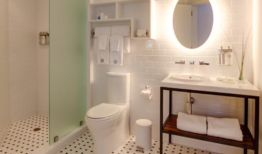 large-clean-bathroom.jpg