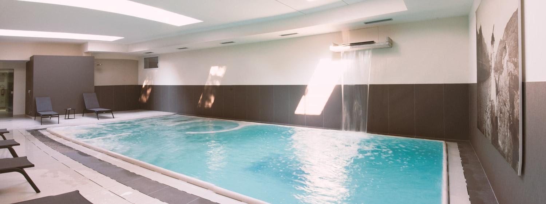 Panoramica sulla piscina in epa