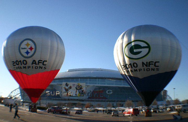 2010 NFL Superbowl hot air balloons.