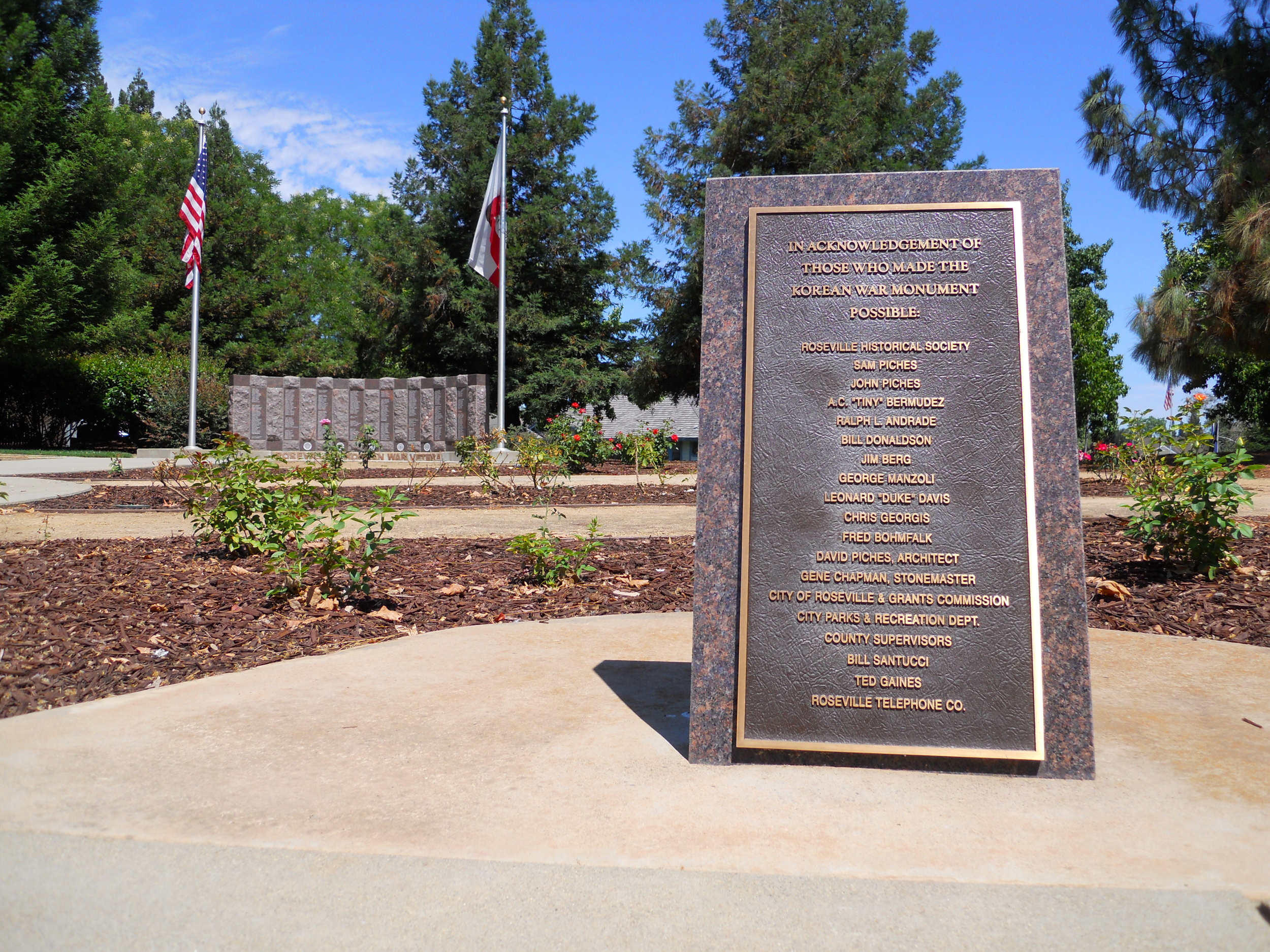 This bronze plaque acknowledges those who made the monument possible.  Click on photo to enlarge.