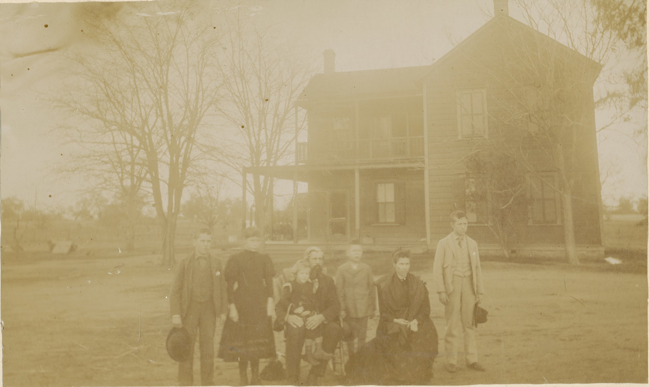 Walter fiddyment and family at the ranch house, circa 1895