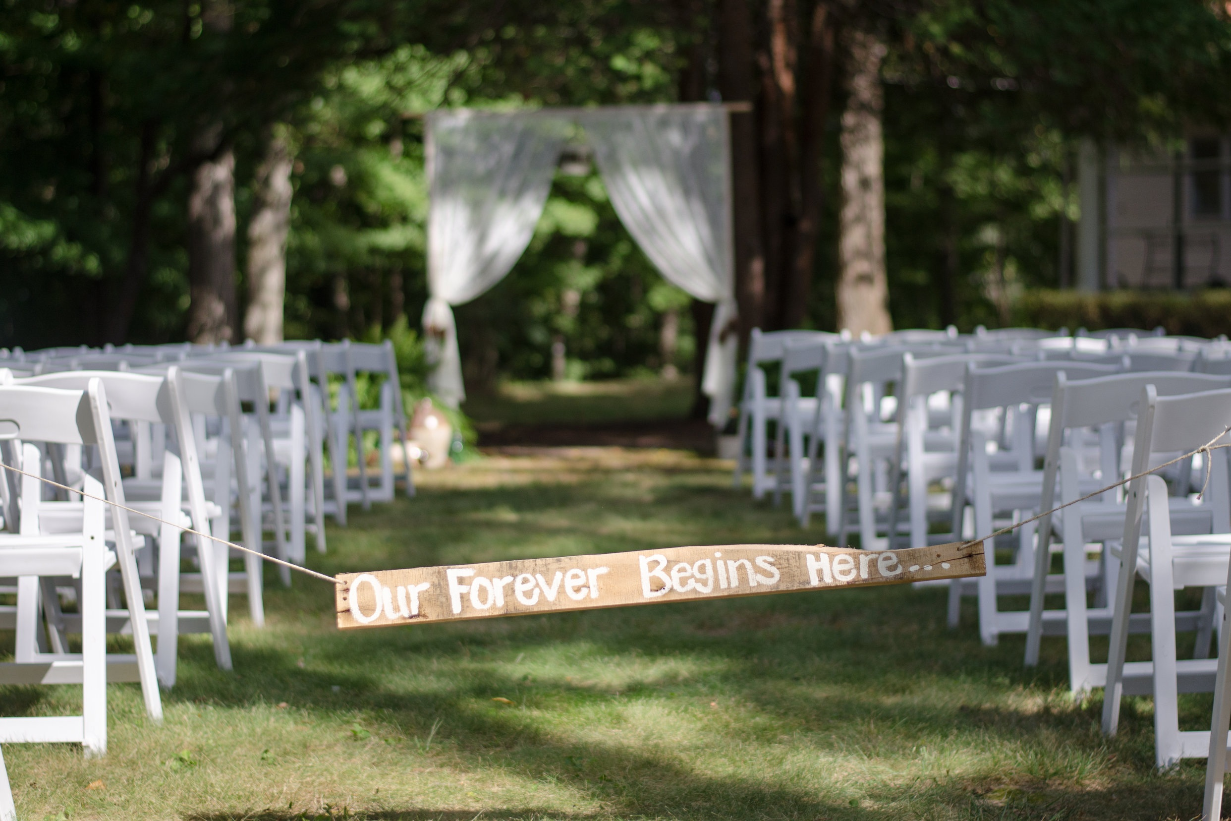 %2823%29+White+Pad.+Chairs-Ashley%27s+Wedding.jpg