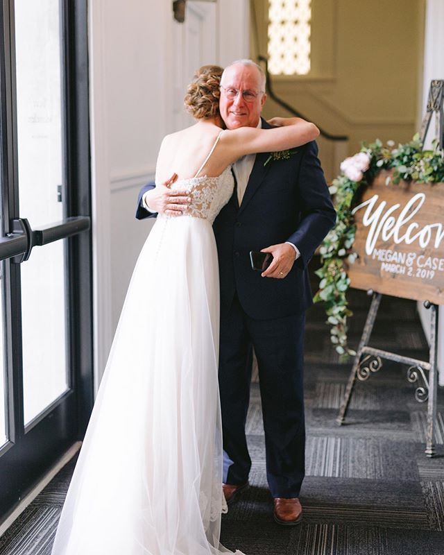 We hope all the fathers out there were able to celebrate a Happy Father's Day surrounded by their loved ones and relaxing their Sunday away 💖 . . . Photography: Klaire Dixius Photo  Venue: Remnant Church Gown: Kenneth Winston Bridal Elegance Planning: Weddings by Devin . . . #thepropshoprva #happyfathersday #weddingseason #firstlooks #richmondva #kennethwinstonbridal #2019weddingseason #kdpmarriages