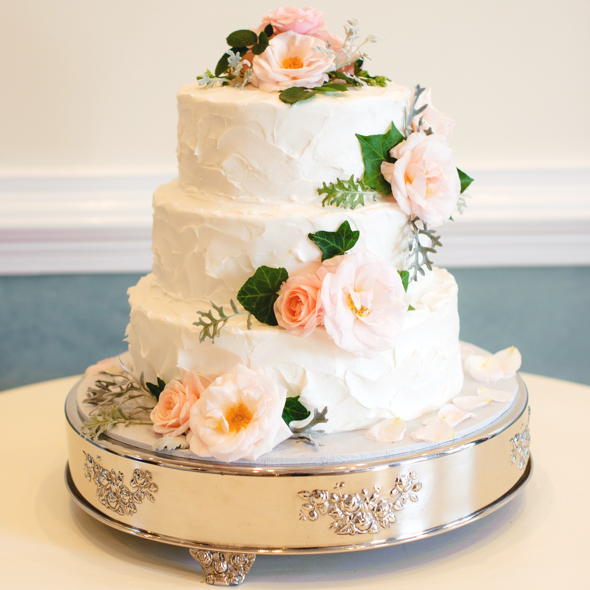 %25284%2529%2BSilverplated%2BCake%2BPlateau%2B-%2B2014.jpg