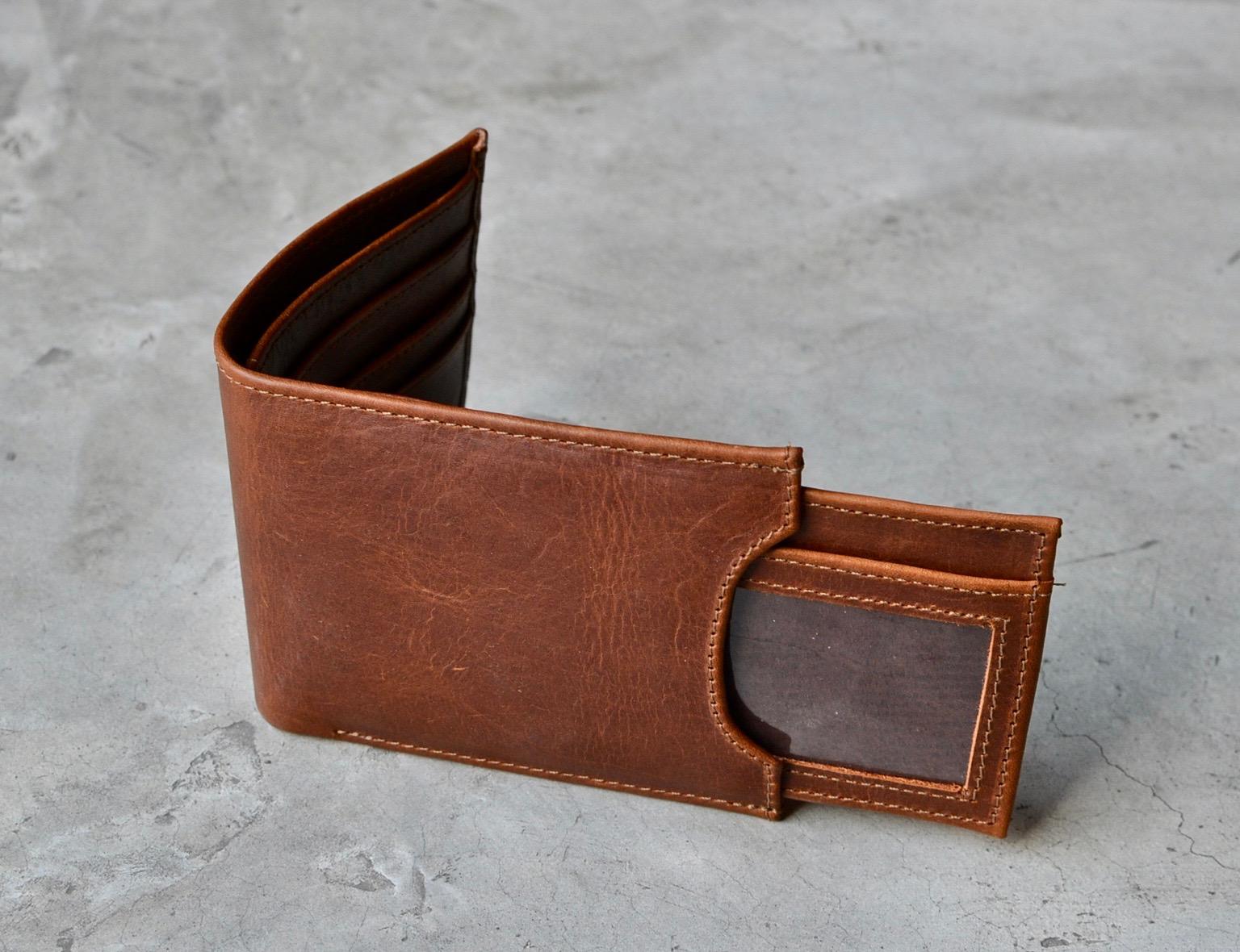 bifold wallet 2[1].jpg