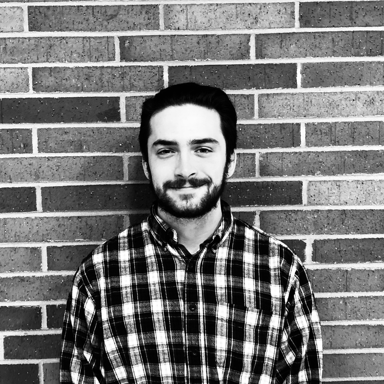 Solomon Kronberg   Position: Marketing & Communications  Major: Economics and Comparative Cultures & Politics   Grade: Freshman