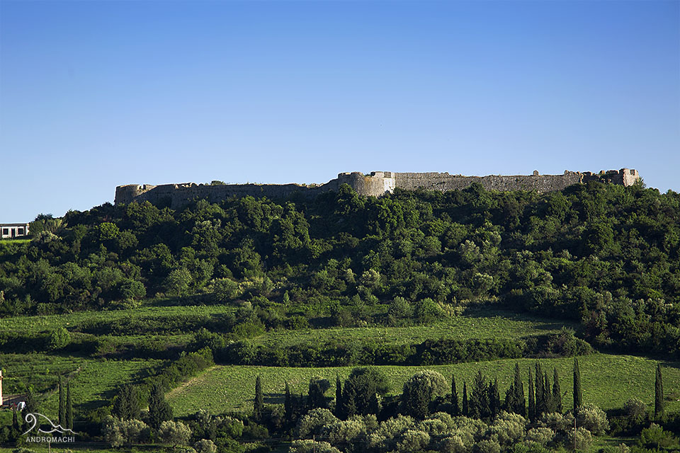 Agios Georgios kastro www.andromachi.com.jpg