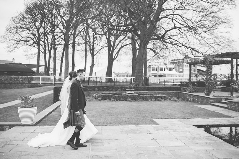 Kirsty-chris-ross-alexander-photography-wedding (53).jpg