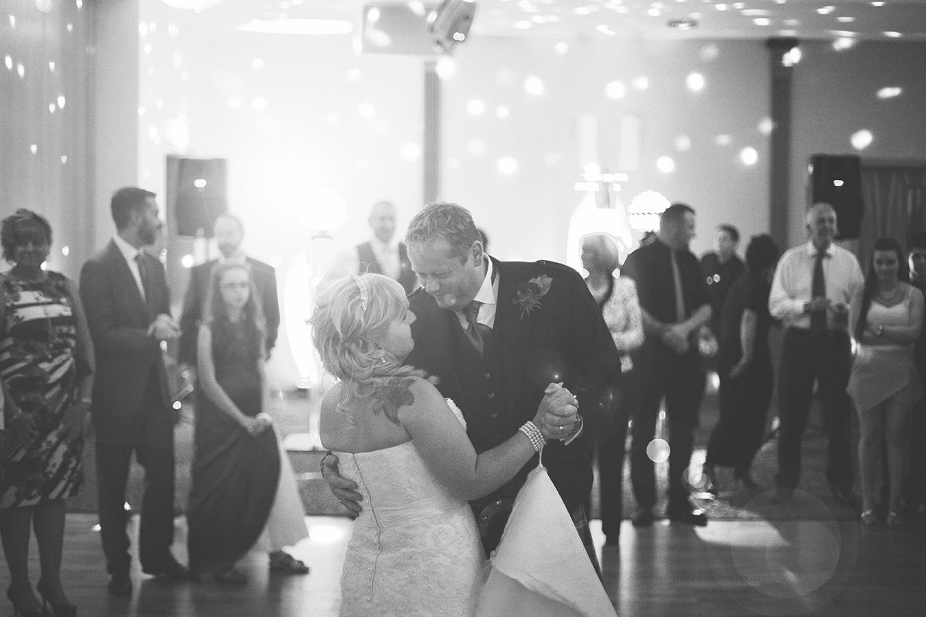 first-dance-scottish-wedding-photographer