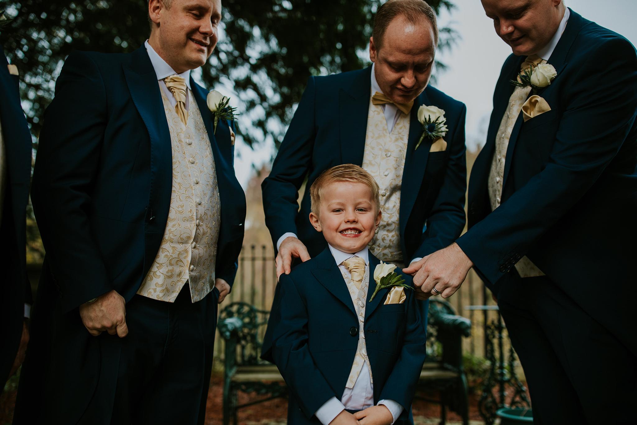 Crossbasket Castle Wedding Photographer (40).jpg