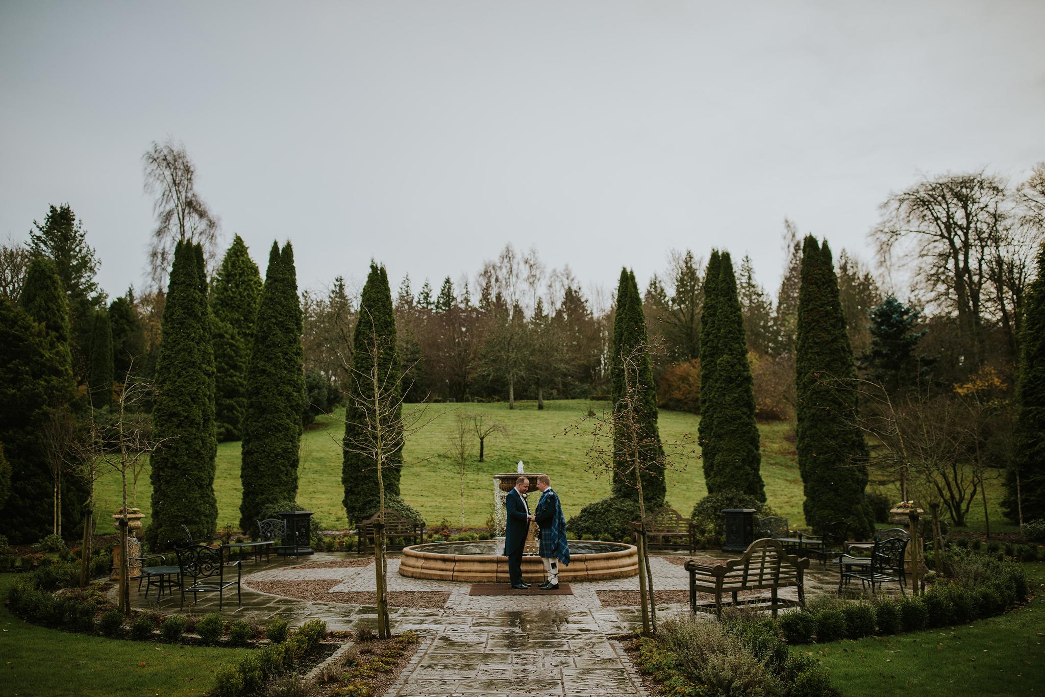 Crossbasket Castle Wedding Photographer (84).jpg