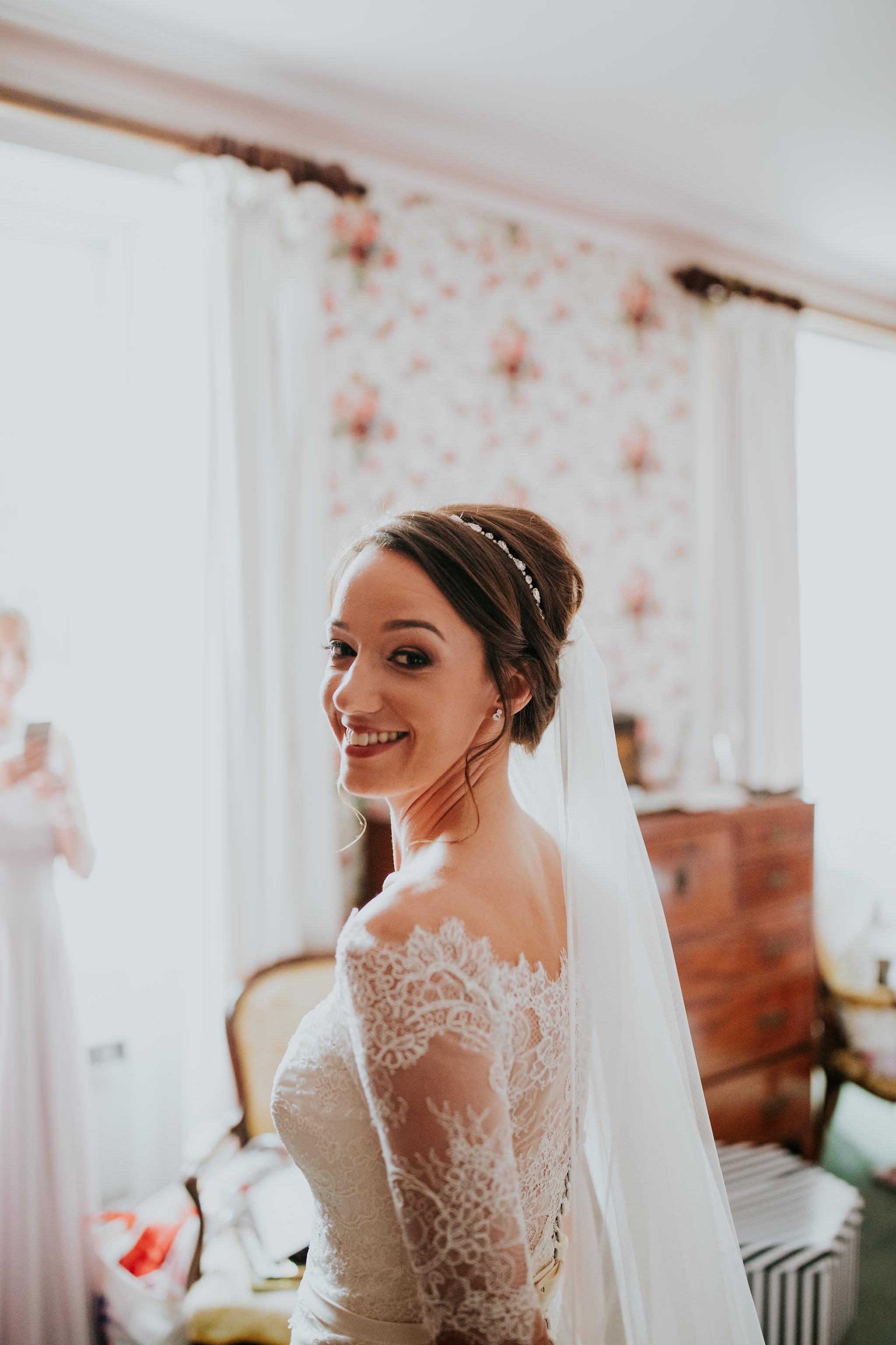 kirknewton stables wedding photographer (16).jpg