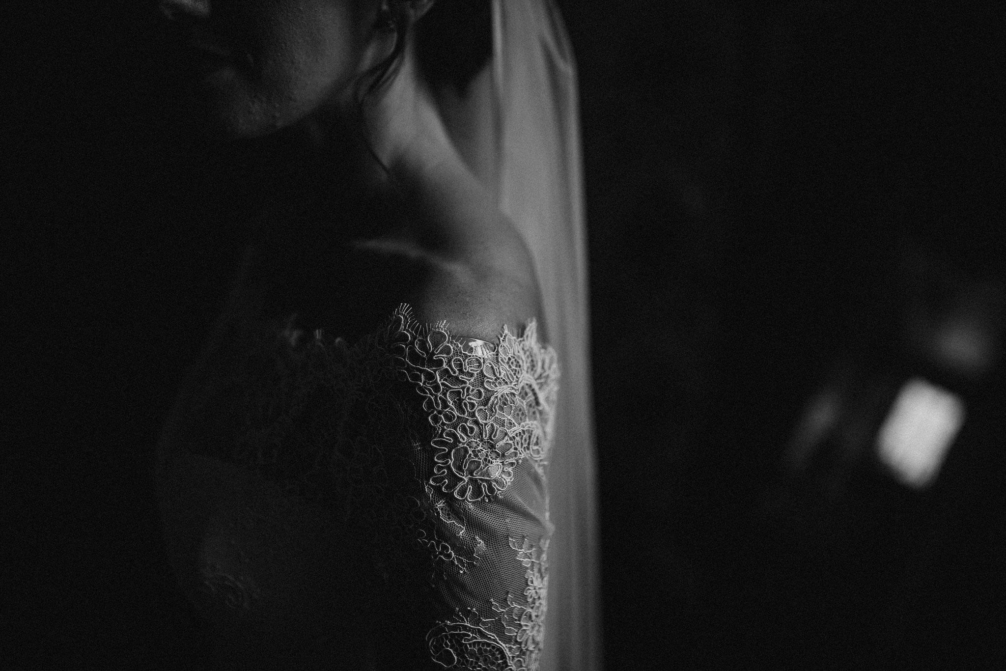 kirknewton stables wedding photographer (20).jpg