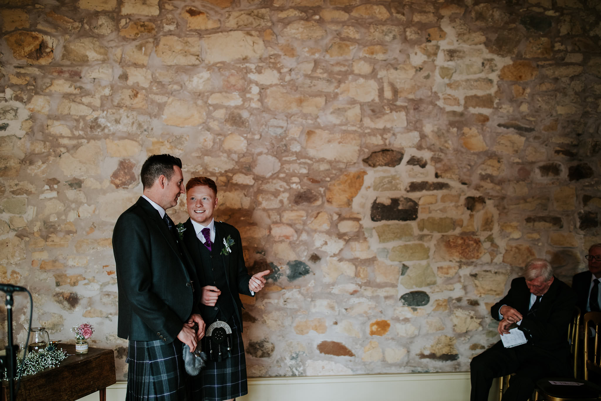 kirknewton stables wedding photographer (27).jpg