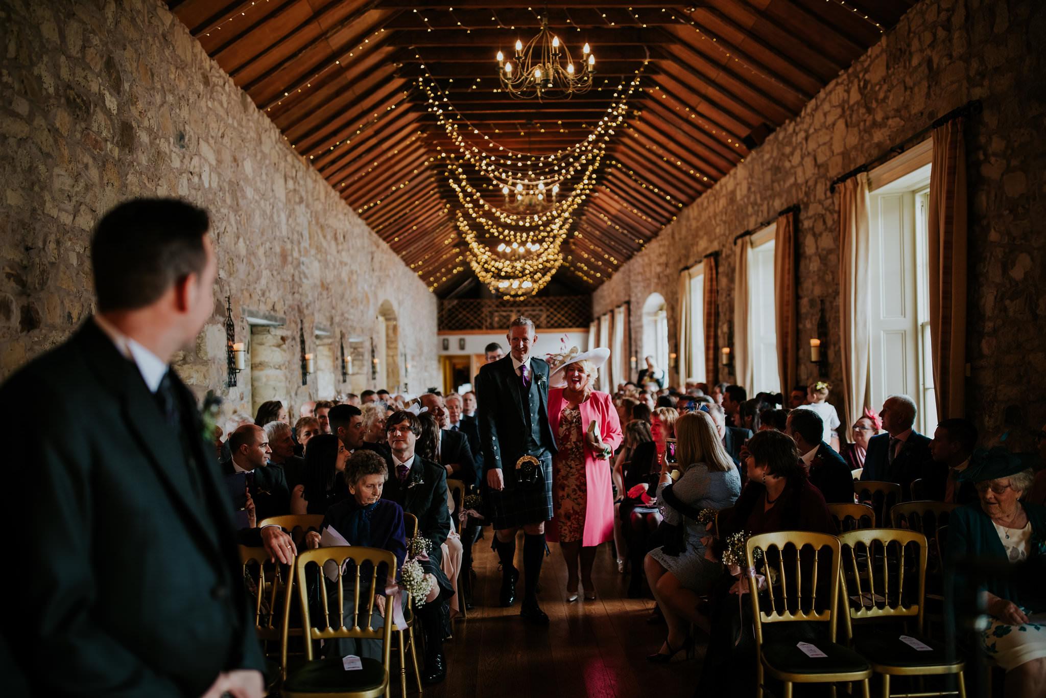 kirknewton stables wedding photographer (28).jpg