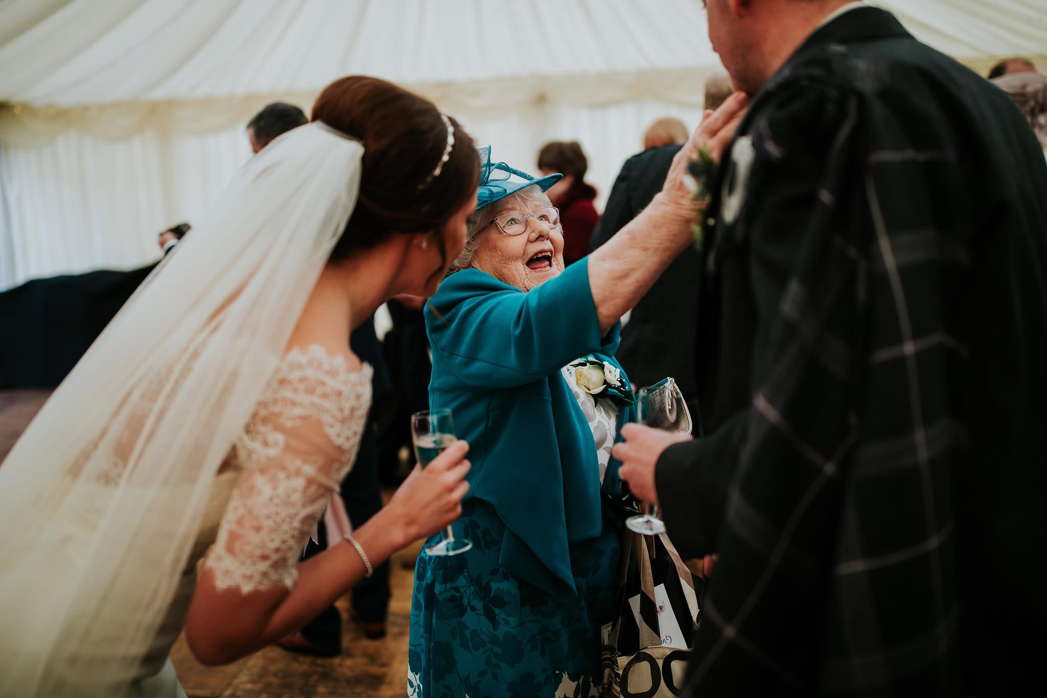 kirknewton stables wedding photographer (44).jpg
