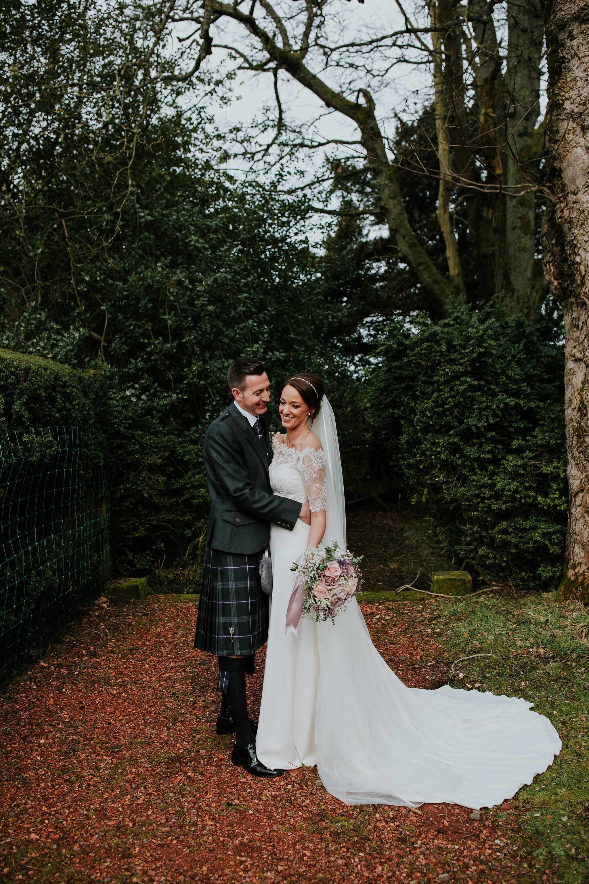 kirknewton stables wedding photographer (52).jpg
