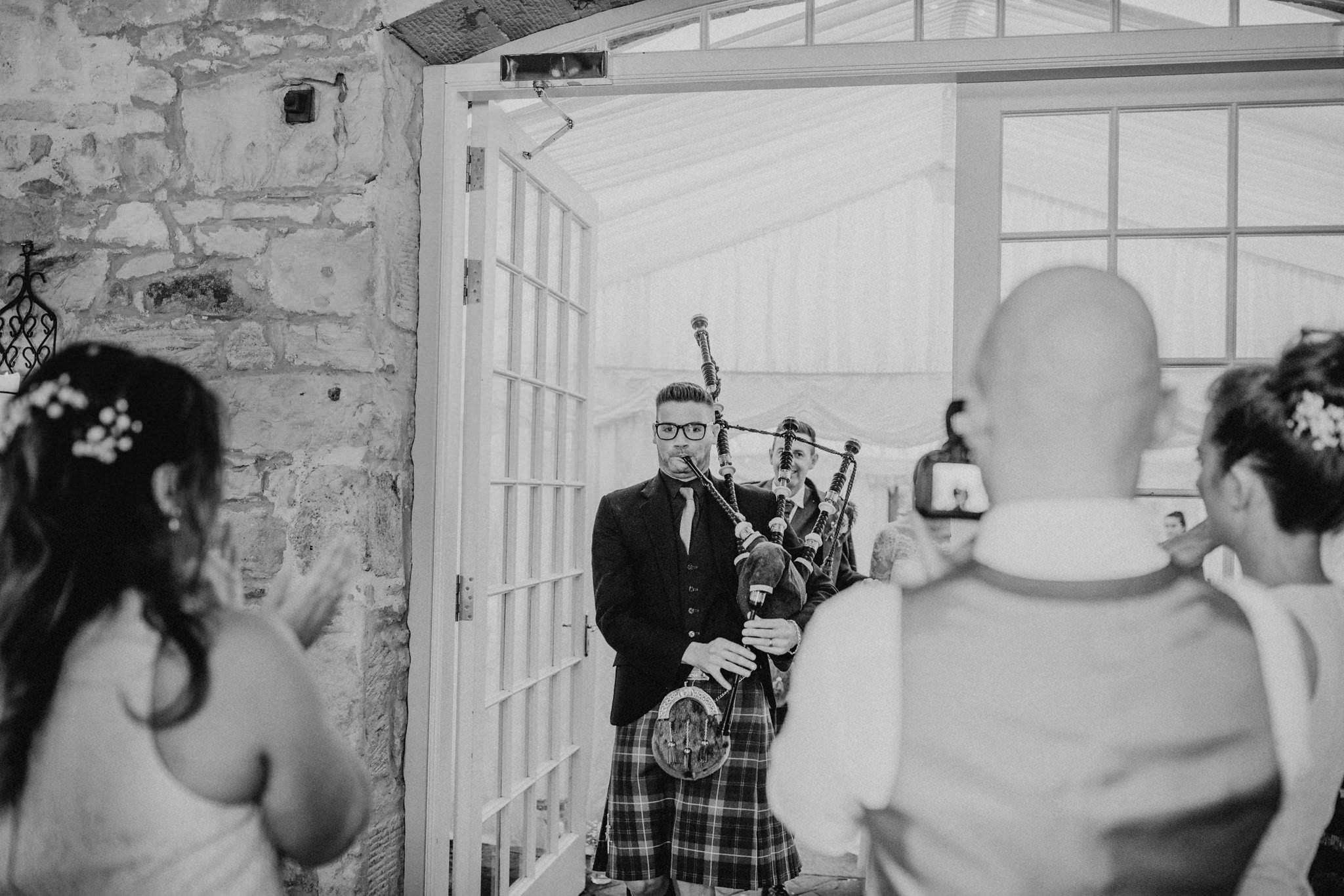 kirknewton stables wedding photographer (56).jpg