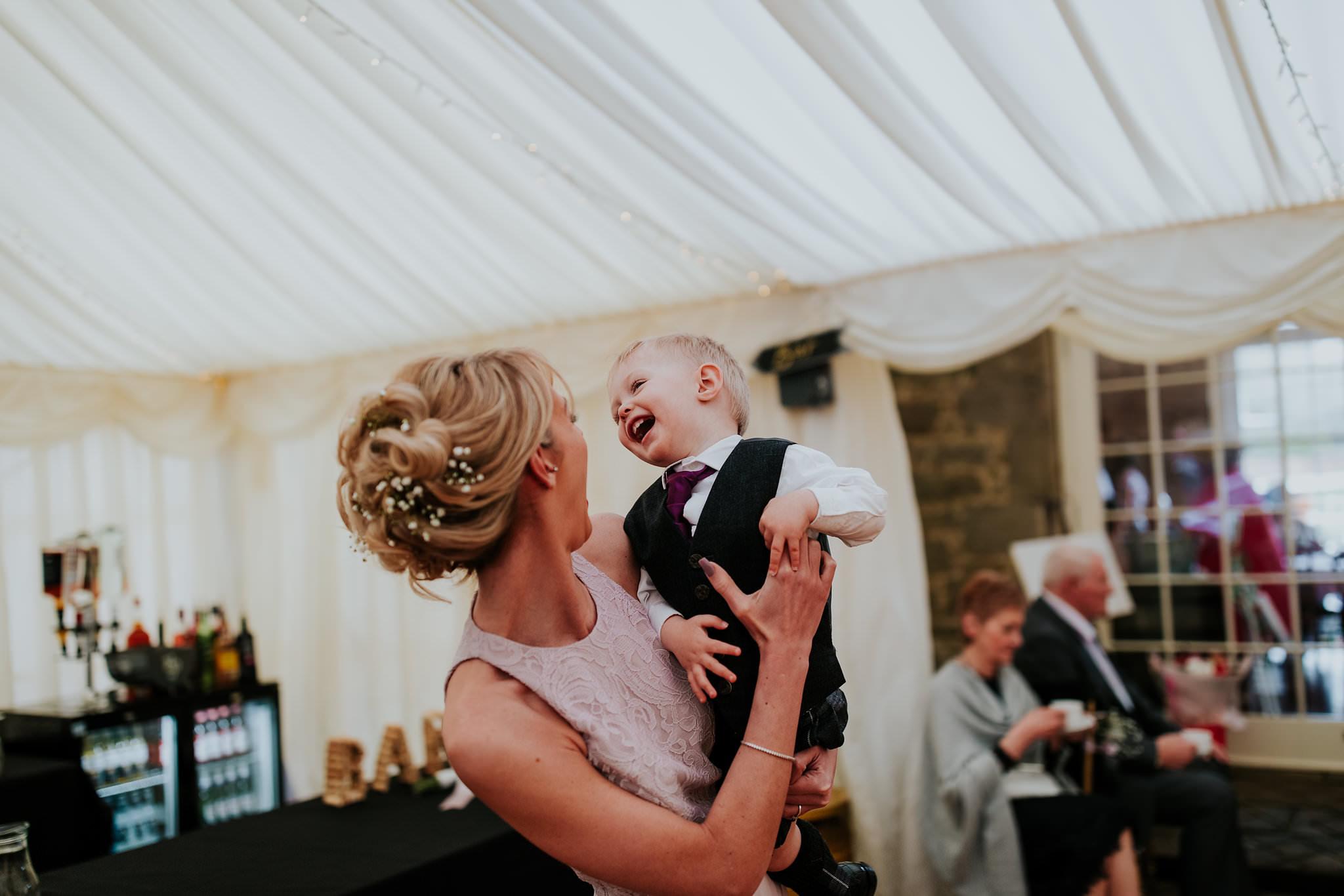 kirknewton stables wedding photographer (70).jpg
