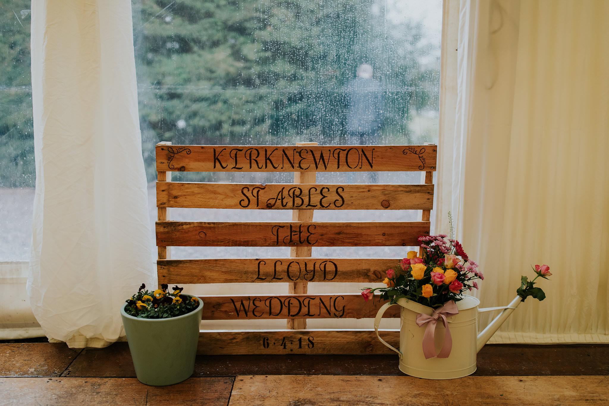 kirknewton stables wedding photographer (69).jpg