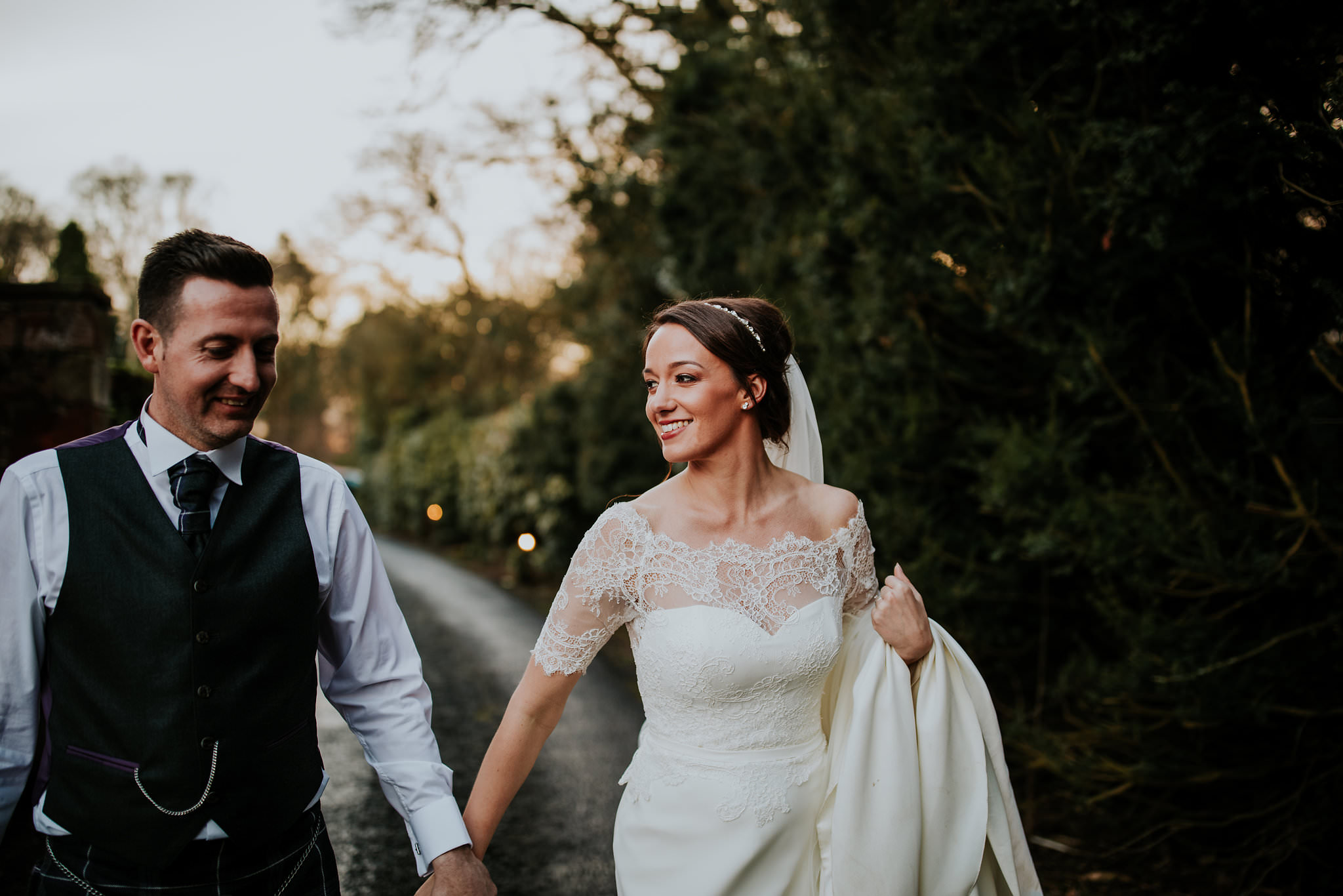 kirknewton stables wedding photographer (75).jpg