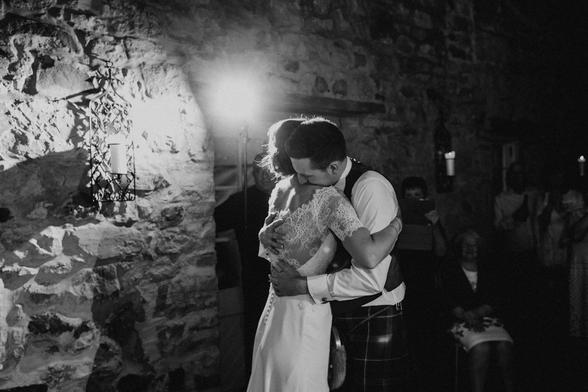 kirknewton stables wedding photographer (81).jpg